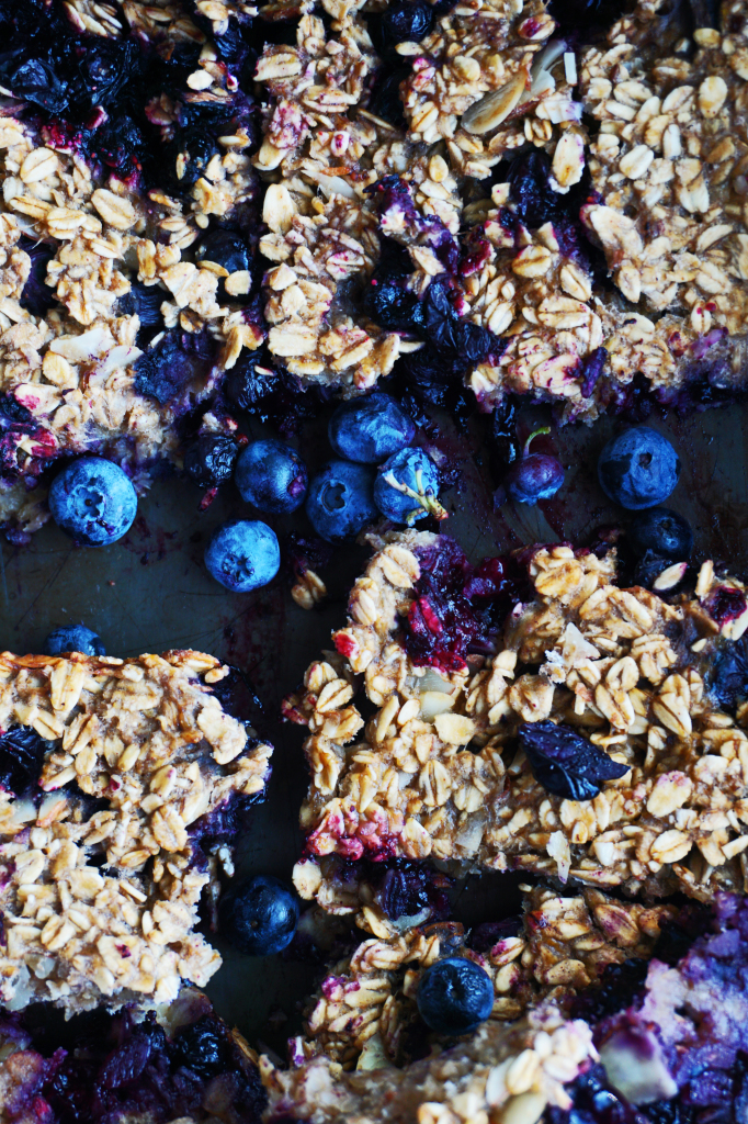 All-Natural Blueberry Almond Breakfast Bars